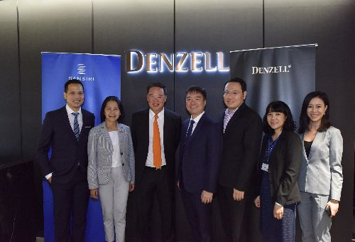 Các đại diện từ Tập đoàn Sansiri Denzell Vietnam Tổng cục Du lịch Thái Lan và ngân hàng Bangkok Bank tại buổi họp báo Sansiri ra mắt thị trường Việt Nam thông qua đối tác chiến lược Denzell