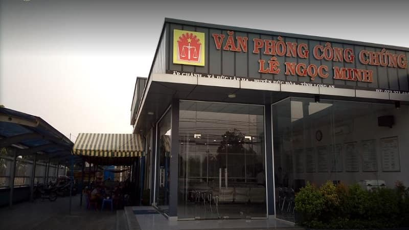 Phong-cong-chung-le-ngoc-minh-min
