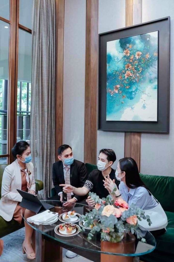 Grand Marina Saigon Bason - Ông Cao Thắng và Đông Nhi mua2