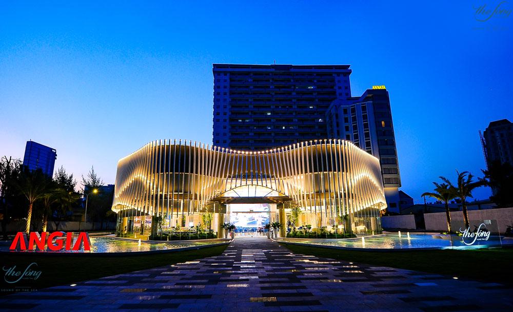 3 Thành phố trực thuộc Tỉnh là Đô thị loại 1 tại vùng Đông Nam Bộ   Thủ Dầu Một, Biên Hòa, Vũng Tàu )
