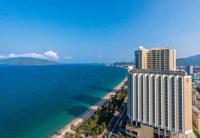 Marriott International and Ritz-Carlton - Khách sạn & Spa Sheraton Đà Nẵng