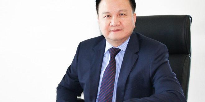 Ông Nguyễn Vĩnh Trân am hiểu thị trường bất động sản trong và ngoài nước.